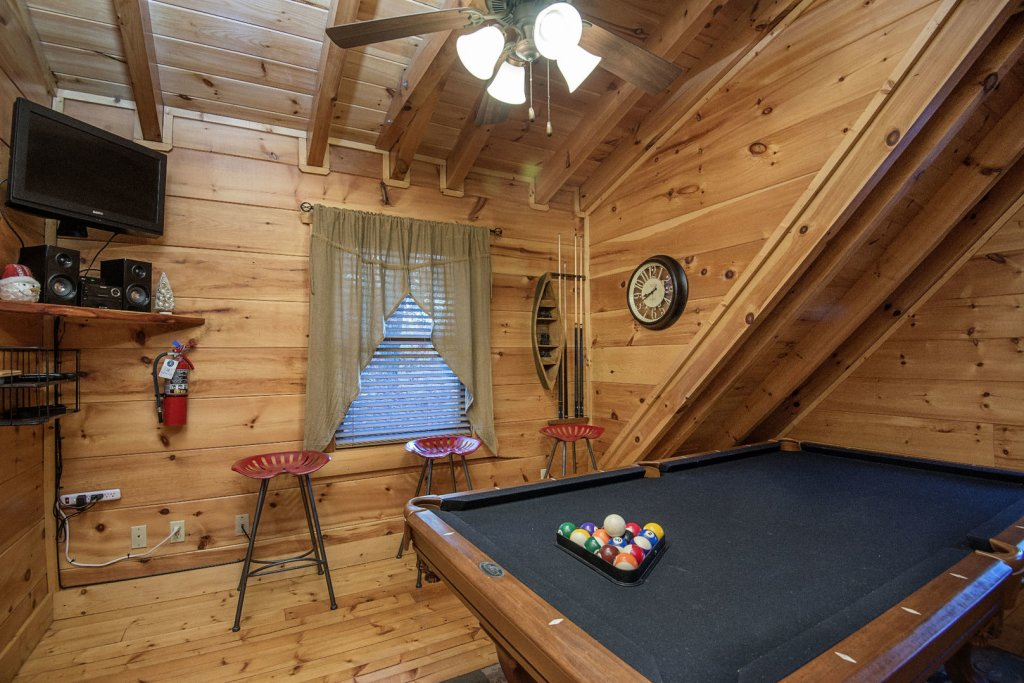 Photo of a Sevierville Cabin named Liam's Retreat - This is the thirty-first photo in the set.