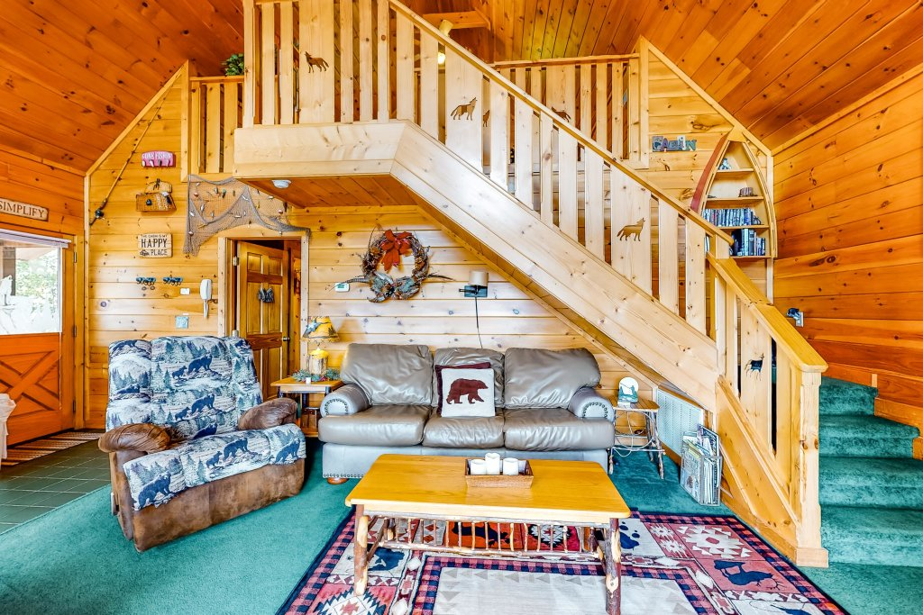 Photo of a Sevierville Cabin named Awesome View Cabin - This is the first photo in the set.