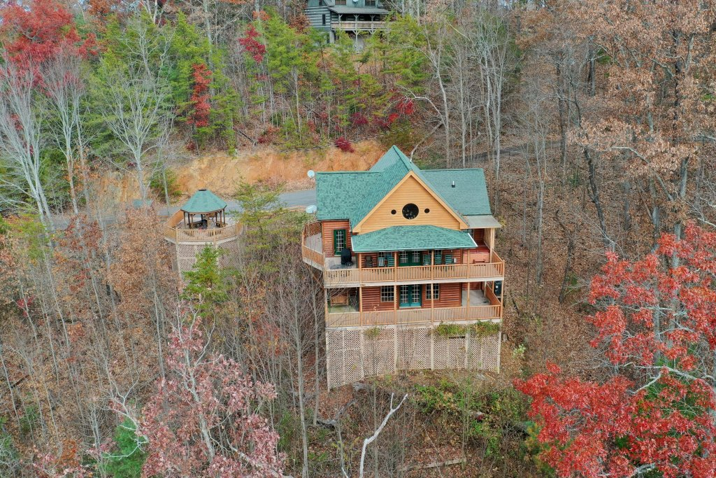 Photo of a Gatlinburg Cabin named Sugar Bear Retreat - This is the thirty-fourth photo in the set.