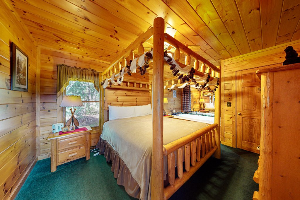 Photo of a Sevierville Cabin named Awesome View Cabin - This is the seventh photo in the set.