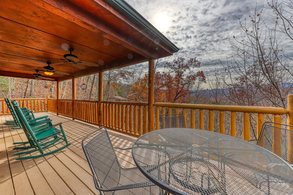 Photo of a Gatlinburg Cabin named Sugar Bear Retreat - This is the thirtieth photo in the set.