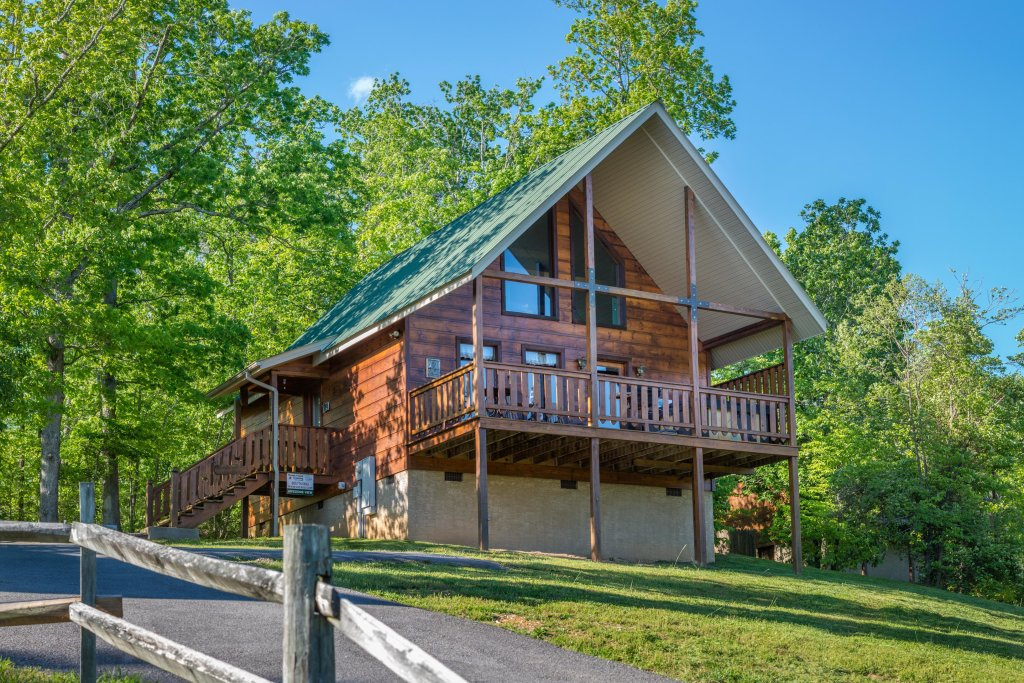 Photo of a Sevierville Cabin named Awesome View Cabin - This is the eighteenth photo in the set.
