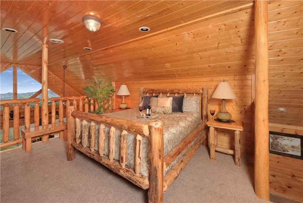 Photo of a Pigeon Forge Cabin named On Eagle's Wings - This is the twenty-third photo in the set.