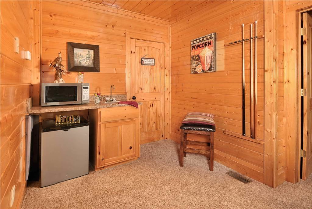 Photo of a Pigeon Forge Cabin named On Eagle's Wings - This is the thirty-second photo in the set.