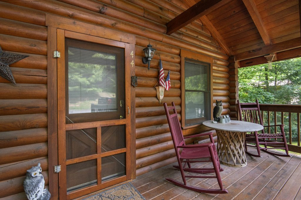 Photo of a Pigeon Forge Cabin named  Rising Eagle - This is the twentieth photo in the set.