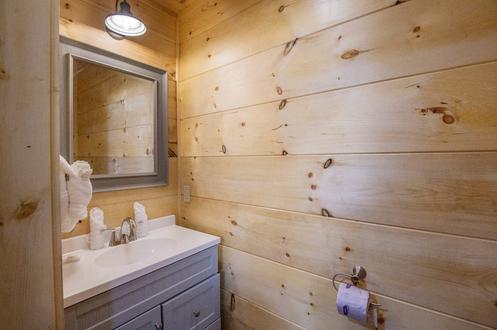 Photo of a Sevierville Cabin named  Best Days - This is the seventeenth photo in the set.