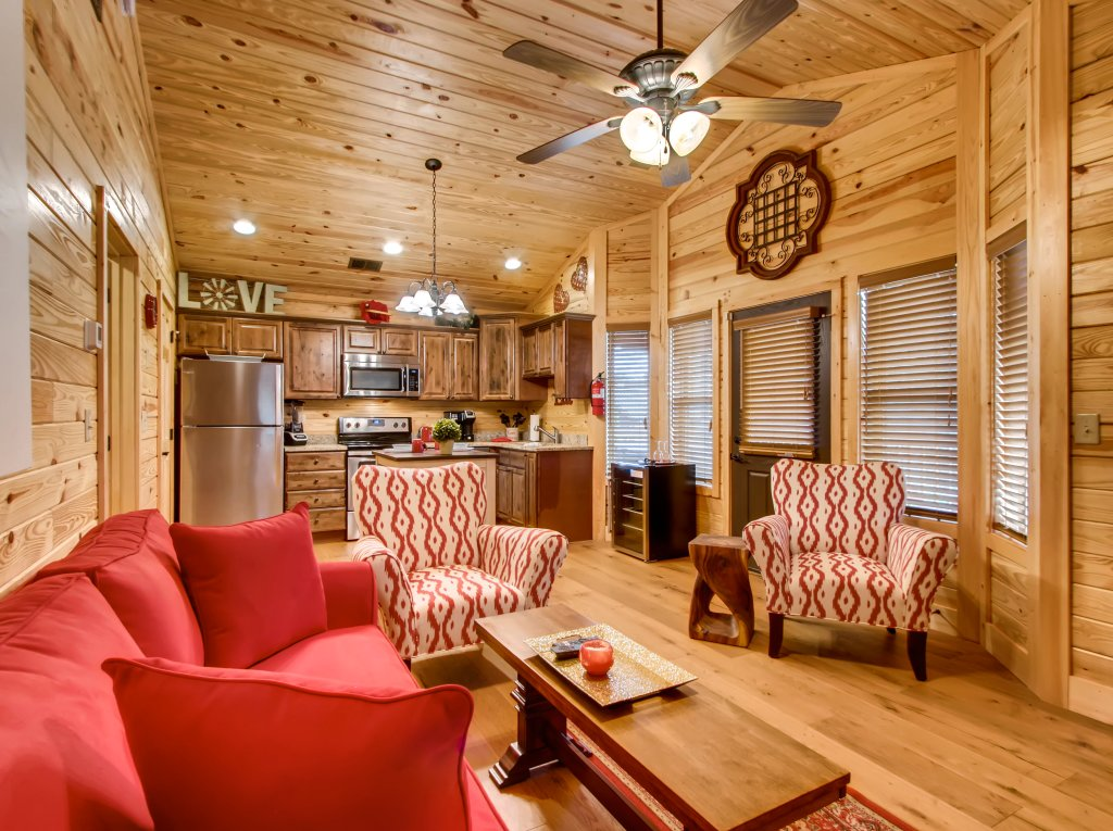 Photo of a Pigeon Forge Cabin named River Romance #2328 - This is the fourteenth photo in the set.