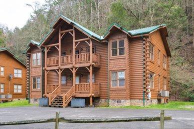 Creekbend Lodge