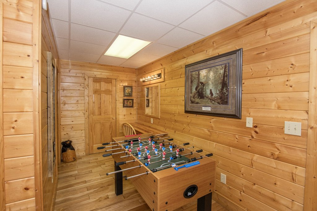 Photo of a Sevierville Cabin named  Eagles On High - This is the twenty-second photo in the set.
