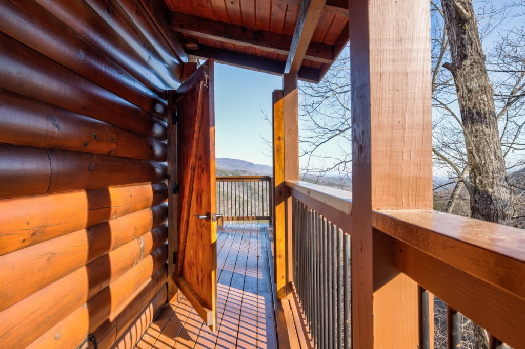 Photo of a Sevierville Cabin named Simply Breathtaking #36 - This is the eighteenth photo in the set.