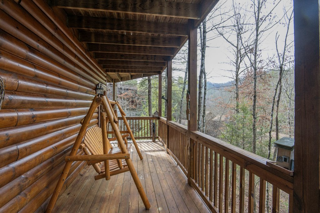 Photo of a Pigeon Forge Cabin named  Legacy Lodge - This is the thirty-third photo in the set.