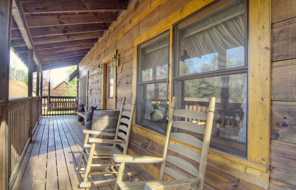 Photo of a Pigeon Forge Cabin named  Bearly Country - This is the ninth photo in the set.