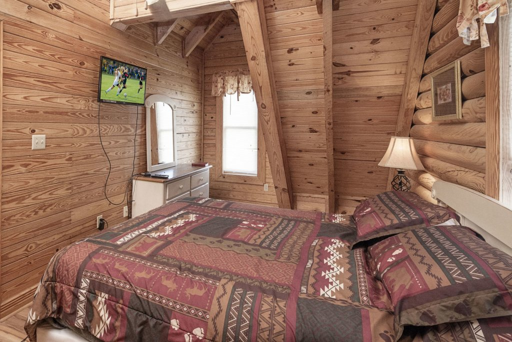 Photo of a Pigeon Forge Cabin named  Country Days - This is the sixteenth photo in the set.