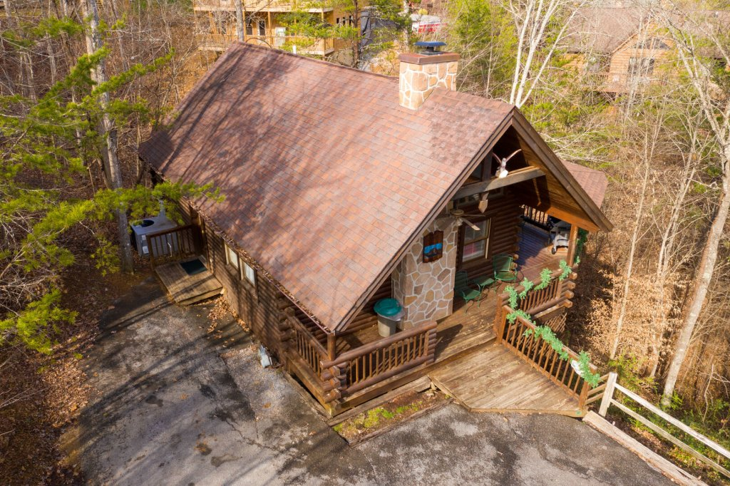 Photo of a Pigeon Forge Cabin named  Fryemont - This is the first photo in the set.