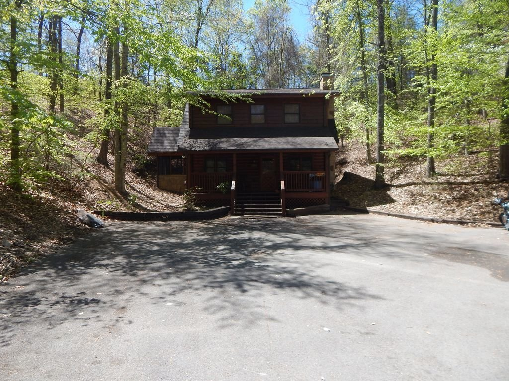 Photo of a Pigeon Forge Cabin named  Squirrel's Retreat - This is the eighth photo in the set.