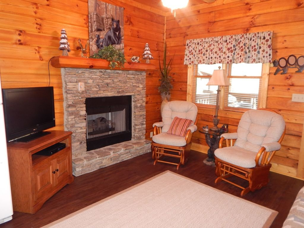 Photo of a Pigeon Forge Cabin named  Squirrel's Retreat - This is the fifth photo in the set.