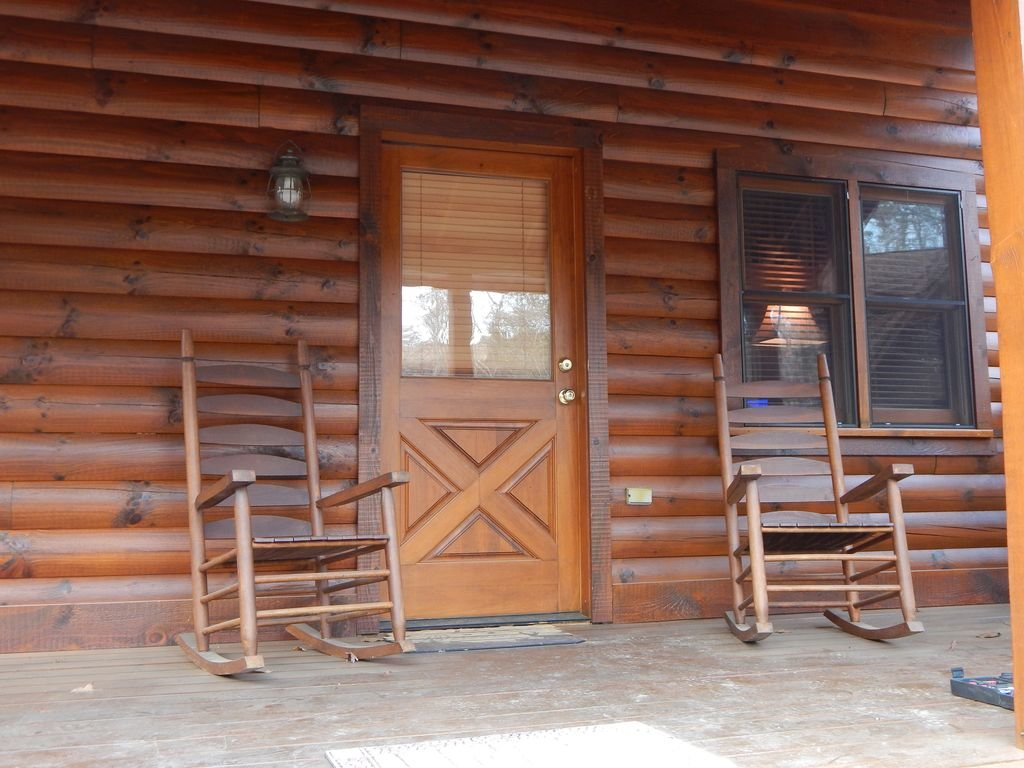 Photo of a Pigeon Forge Cabin named  Squirrel's Retreat - This is the sixth photo in the set.
