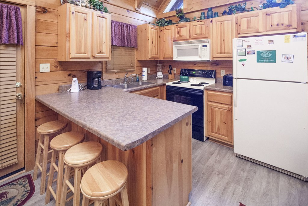 Photo of a Pigeon Forge Cabin named  Ya'll Come Back Now - This is the fifth photo in the set.