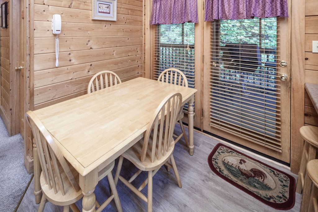 Photo of a Pigeon Forge Cabin named  Ya'll Come Back Now - This is the twelfth photo in the set.