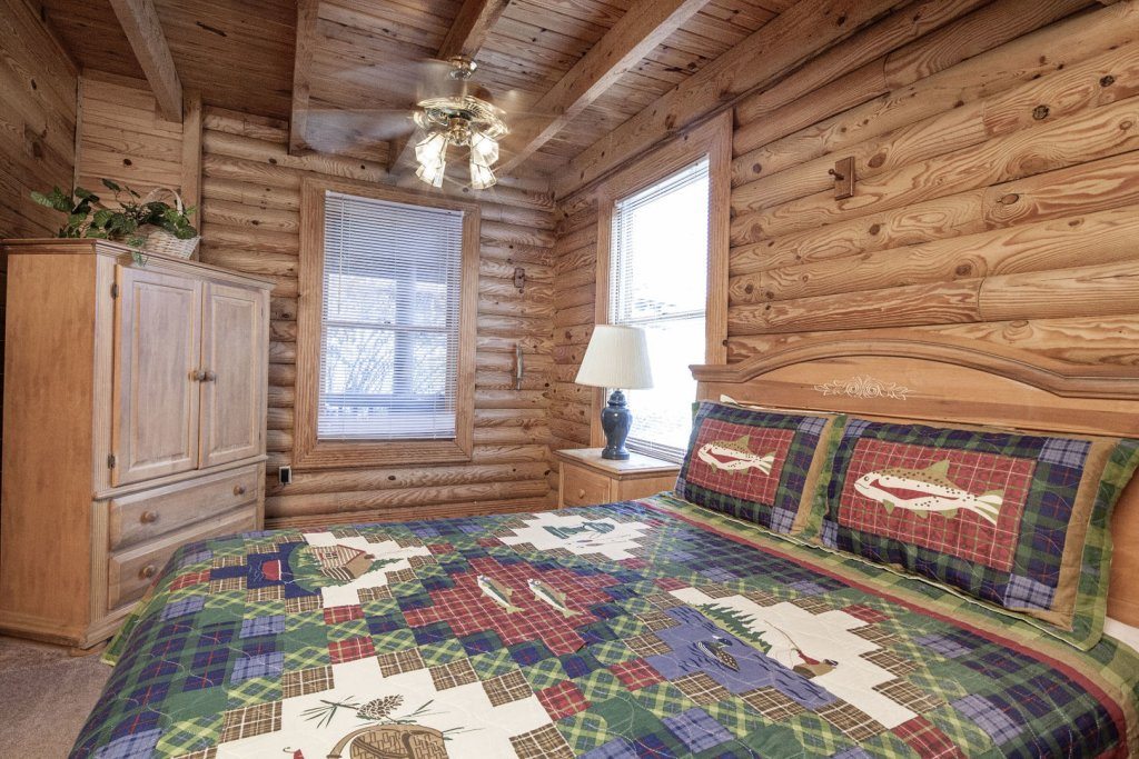 Photo of a Pigeon Forge Cabin named  Ganma's Getaway - This is the twelfth photo in the set.
