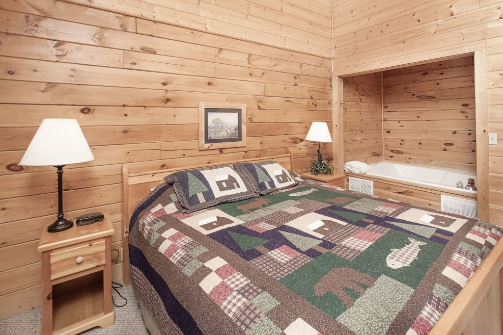 Photo of a Pigeon Forge Cabin named  Ya'll Come Back Now - This is the ninth photo in the set.