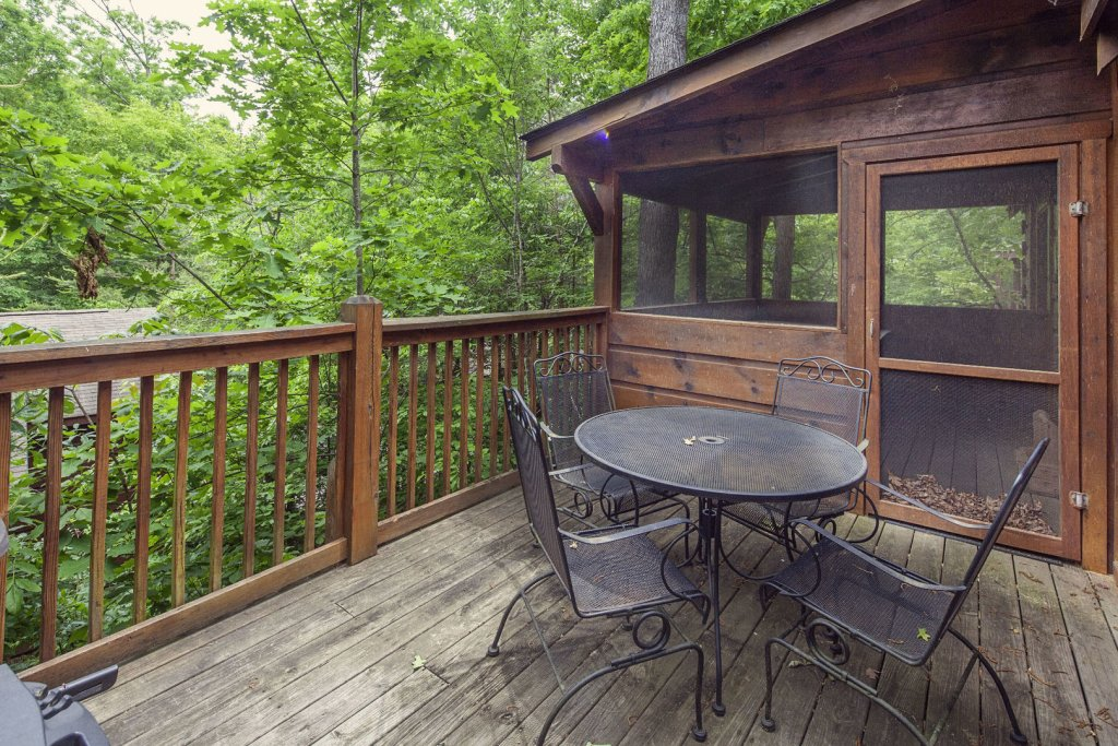 Photo of a Pigeon Forge Cabin named  Heavenly Peace - This is the eleventh photo in the set.