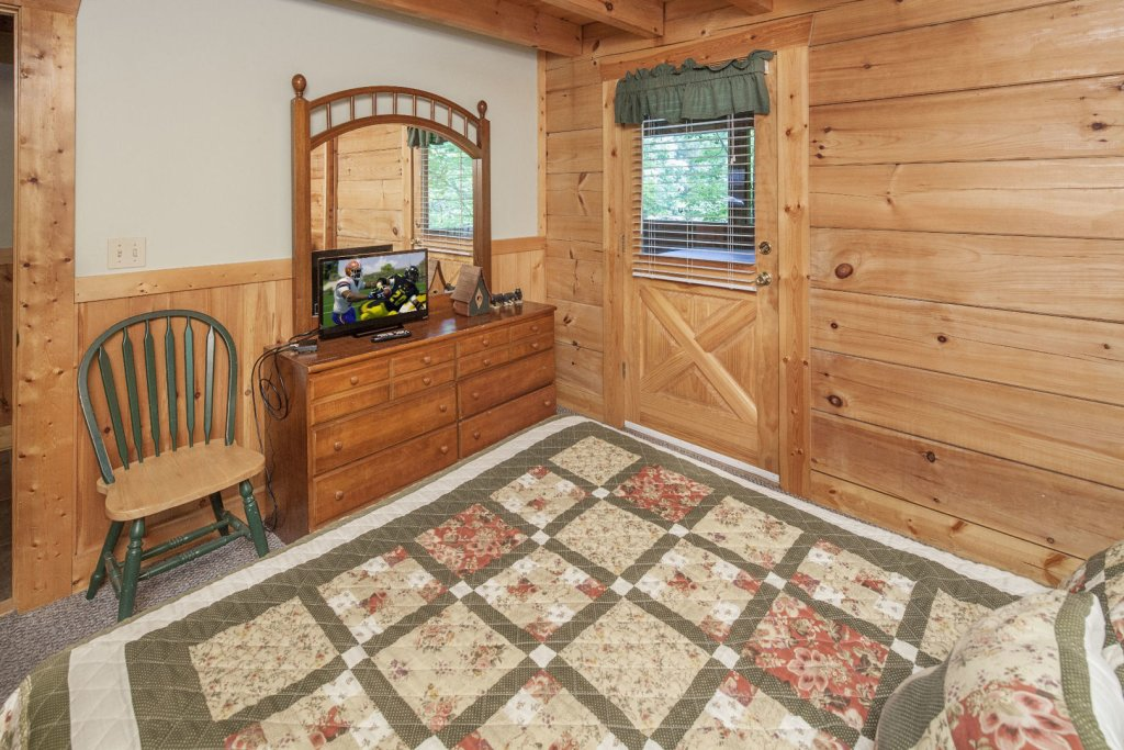 Photo of a Pigeon Forge Cabin named  Heavenly Peace - This is the twenty-second photo in the set.