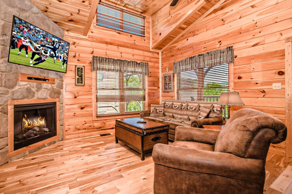 Photo of a Gatlinburg Cabin named Heavenly Hilltop Getaway - This is the fifteenth photo in the set.
