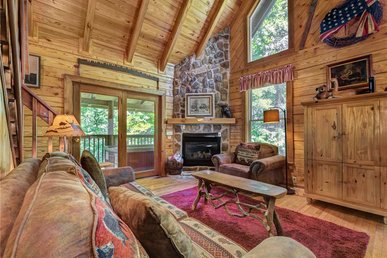 Buckhorn,  2 Bedrooms, Jetted Tub, Fireplace, Hot Tub,  Sleeps 6