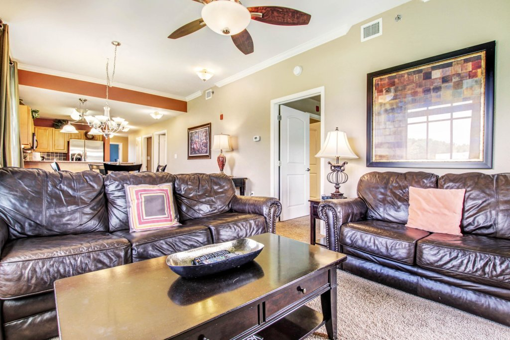 Photo of a Pigeon Forge Cabin named Reflections Units A & B - This is the first photo in the set.