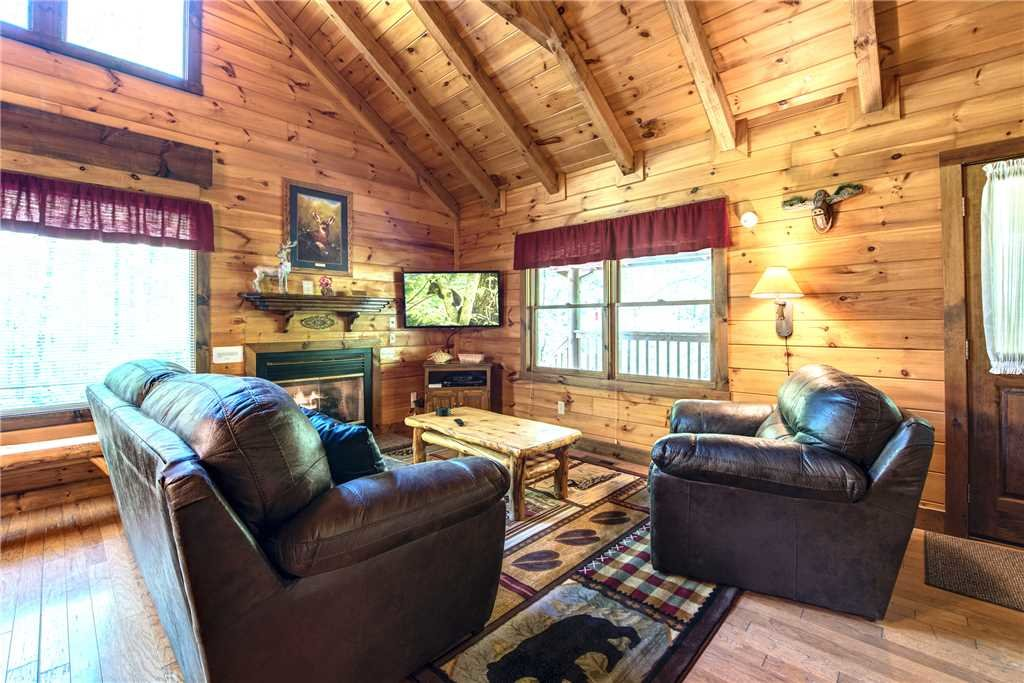 Photo of a Gatlinburg Cabin named Fawn Cabin - This is the fourth photo in the set.