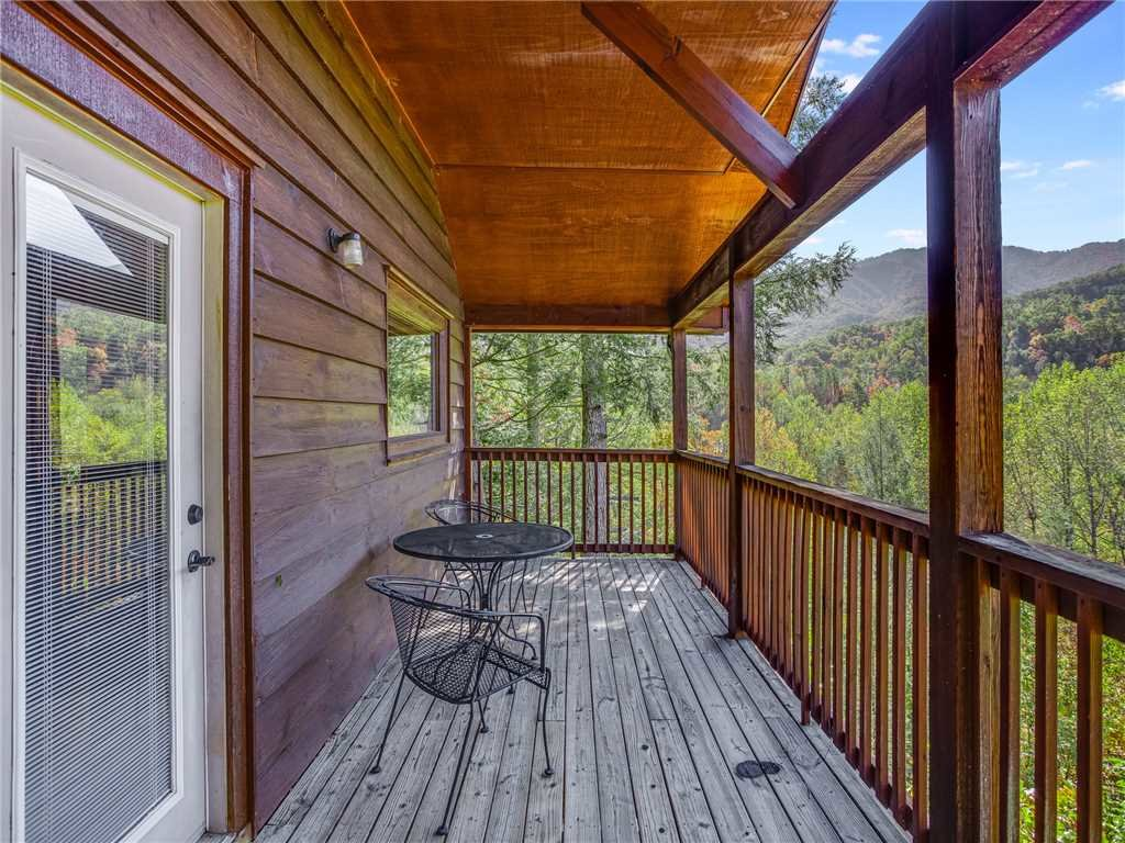 Photo of a Gatlinburg Cabin named Naughty By Nature - This is the thirteenth photo in the set.