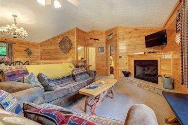 Great Expectations - 3 Bedrooms, 2 Baths, Sleeps 10