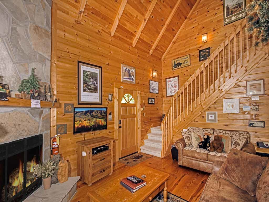 Photo of a Gatlinburg Cabin named Bear Country Cabin - This is the fourth photo in the set.