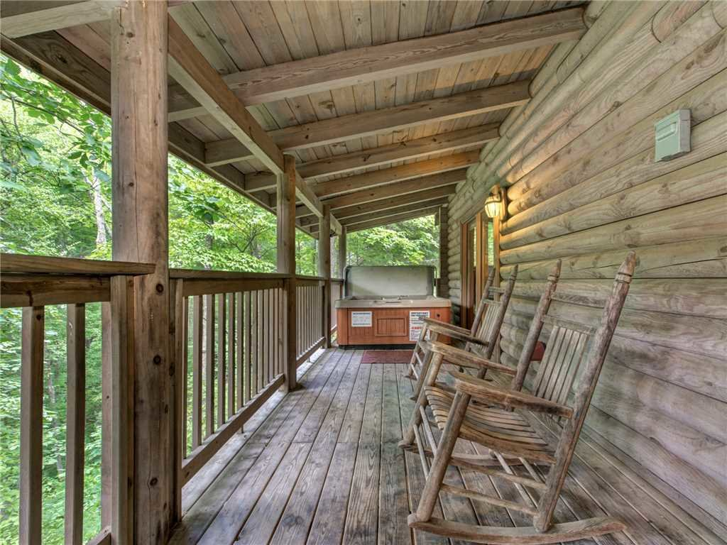 Photo of a Gatlinburg Cabin named Buckhorn - This is the twenty-first photo in the set.