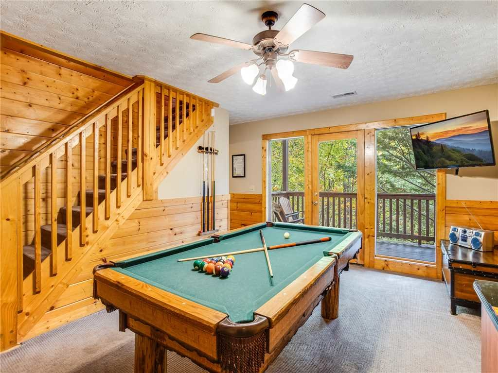Photo of a Gatlinburg Cabin named Saddle Ridge - This is the seventeenth photo in the set.