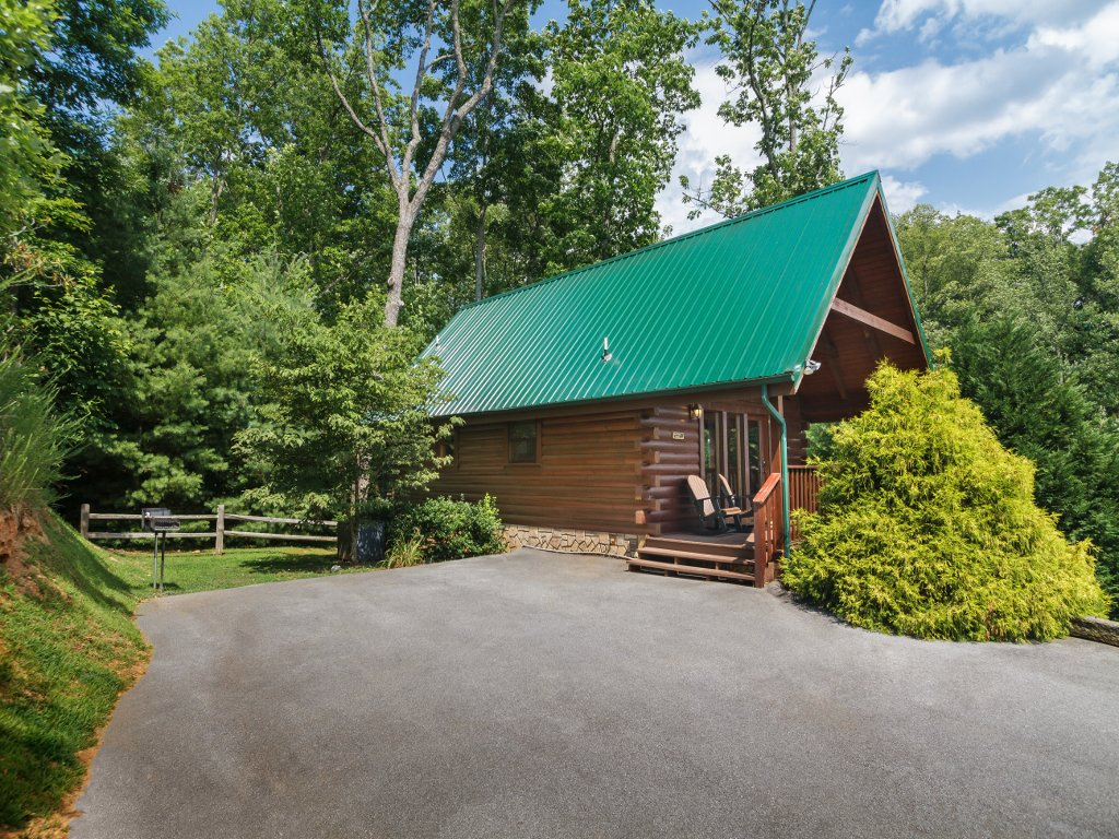 Photo of a Gatlinburg Cabin named Saddle Ridge - This is the twenty-eighth photo in the set.