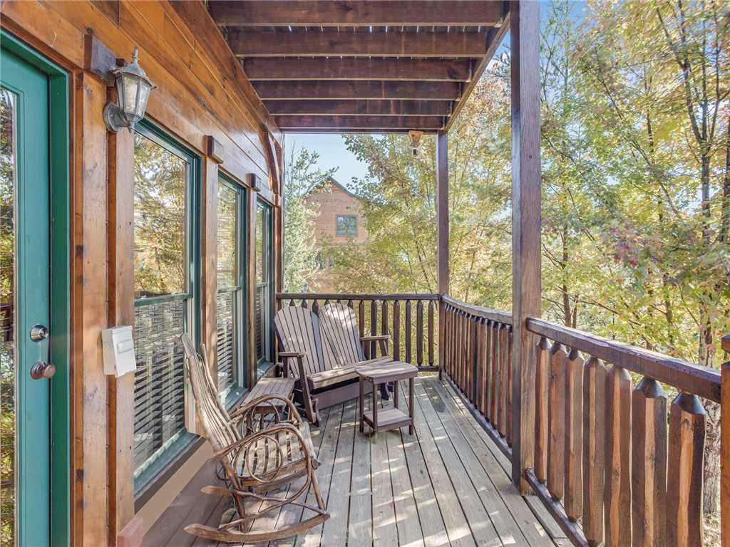 Photo of a Gatlinburg Cabin named Heaven's View - This is the twenty-second photo in the set.