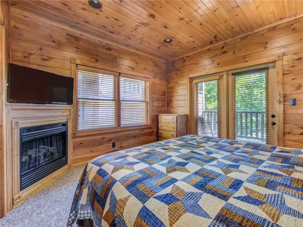Photo of a Gatlinburg Cabin named Gatlinburg Majesty - This is the sixteenth photo in the set.