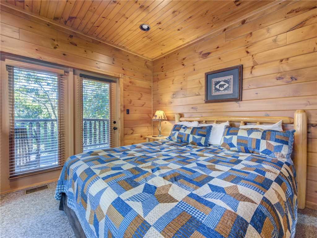 Photo of a Gatlinburg Cabin named Gatlinburg Majesty - This is the fifteenth photo in the set.