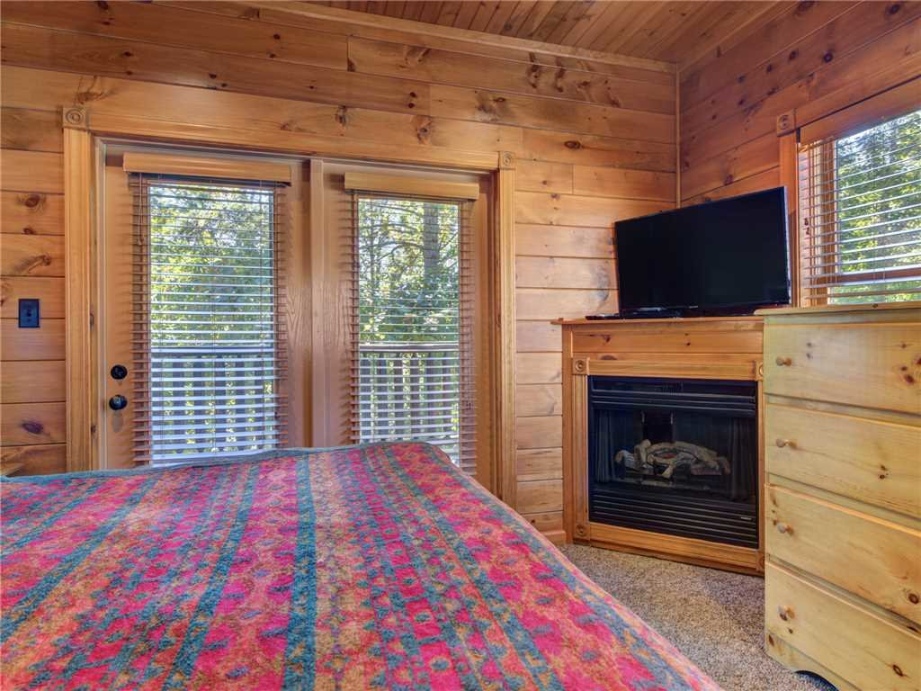Photo of a Gatlinburg Cabin named Gatlinburg Majesty - This is the nineteenth photo in the set.