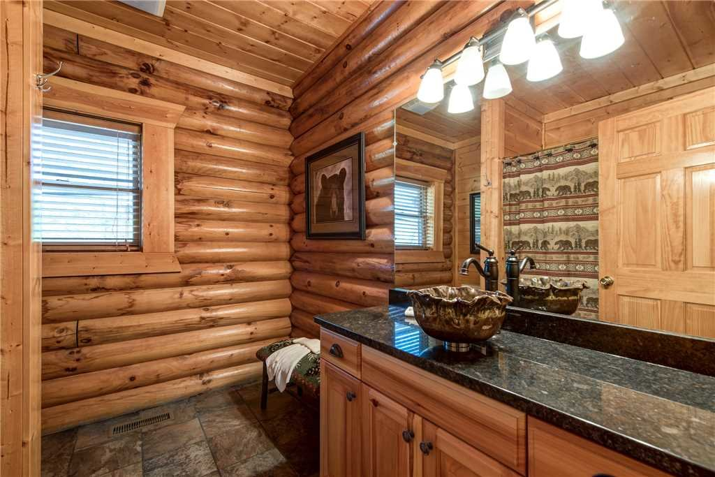 Photo of a Gatlinburg Cabin named Dreamscapes - This is the fifteenth photo in the set.