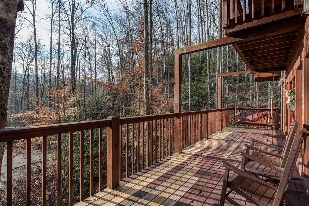 Photo of a Gatlinburg Cabin named Dreams & Streams - This is the twentieth photo in the set.