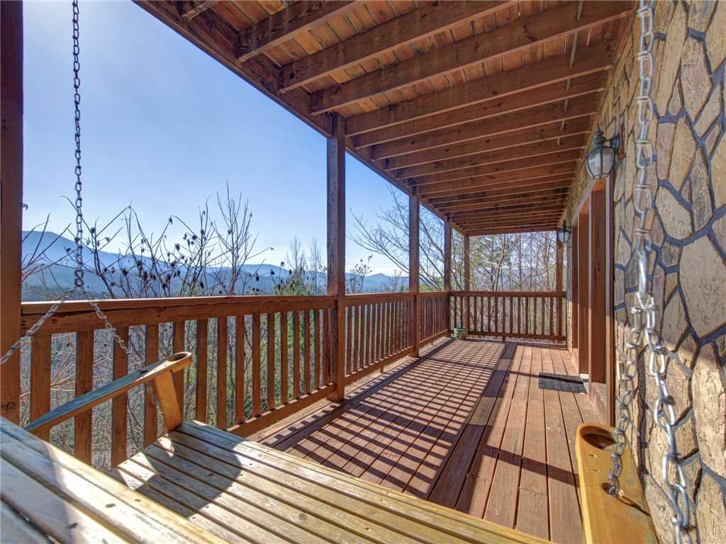 Photo of a Gatlinburg Cabin named Endless View - This is the twenty-fifth photo in the set.