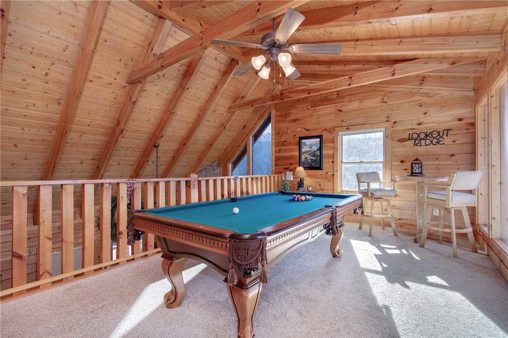 Photo of a Sevierville Cabin named Lookout Ridge - This is the fifteenth photo in the set.