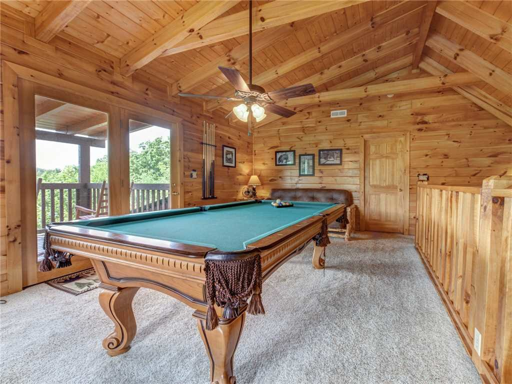Photo of a Sevierville Cabin named Lookout Ridge - This is the thirteenth photo in the set.