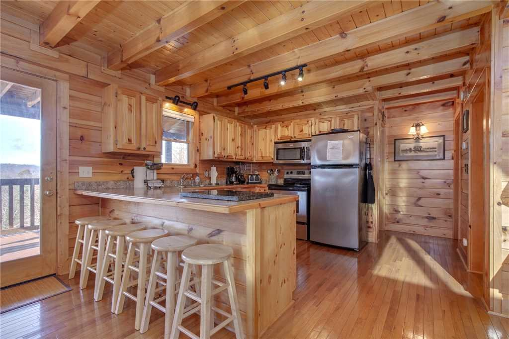 Photo of a Sevierville Cabin named Lookout Ridge - This is the eleventh photo in the set.