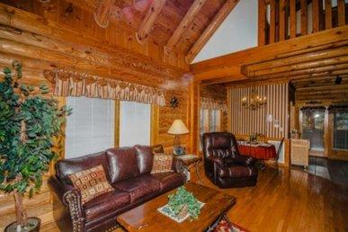 Smoky Mtn Cabin, Private Hi Speed Internet, Sleeps 8 + Free Anakeesta Tkt