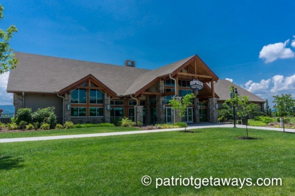 Photo of a Pigeon Forge Cabin named Chocolate Moose - This is the thirty-first photo in the set.