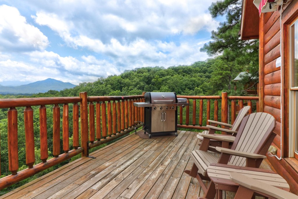 Photo of a Sevierville Cabin named Soaring Vista Cabin - This is the tenth photo in the set.